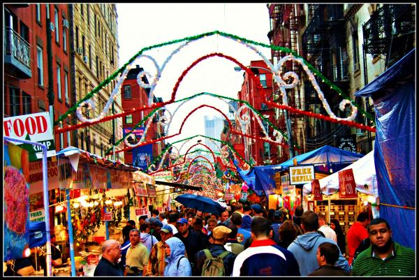 Take Your New York Limo to the San Gennaro Festival