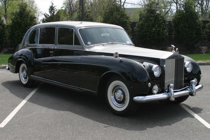 1962 Vintage Rolls Royce Phantom V Limo James Young Edition