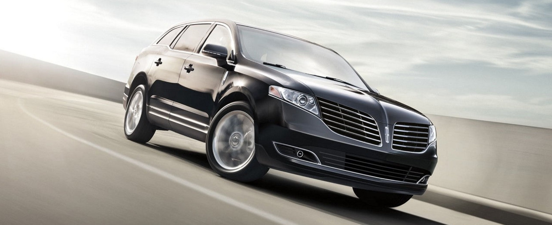 2016 Town Car >> The New Mkt Series Town Car By All Star Limousine We Are Luxury