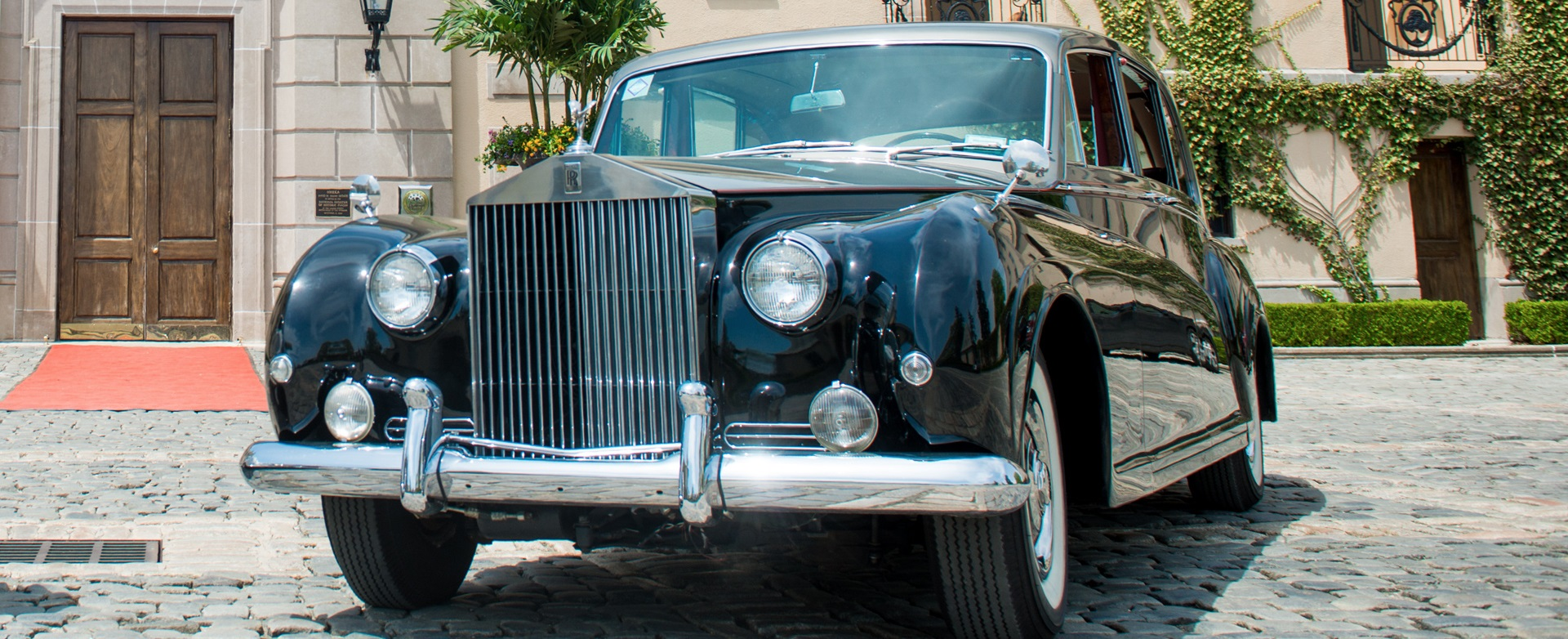 1962 Vintage Rolls Royce Phantom V Limo <span style='font-size:15px;'>James Young Edition</span>